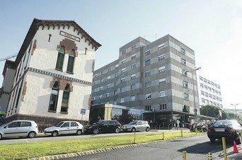 Descripción: El Vaticano pide mantener a sus representantes en hospitales abortistas
